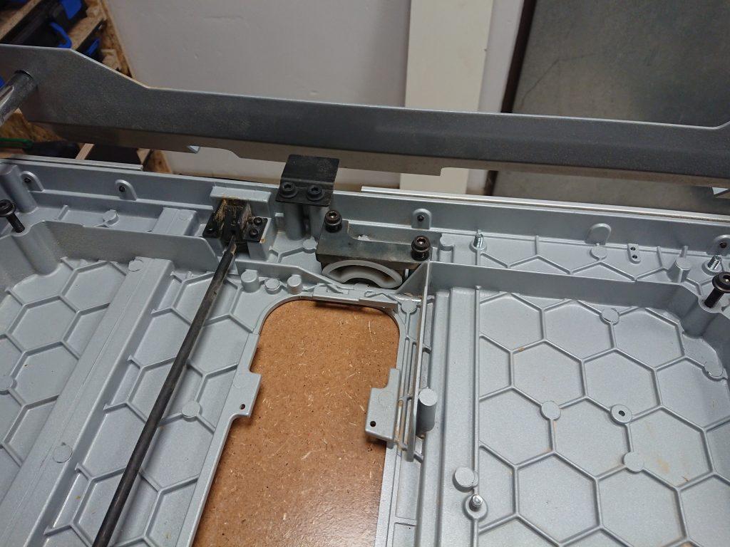 Aufhängungen Sägeeinheit BOSCH GTS 10 XC